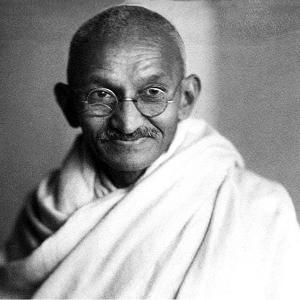 50 Famosas Frases De Gandhi Sobre La Vida Paz Amor